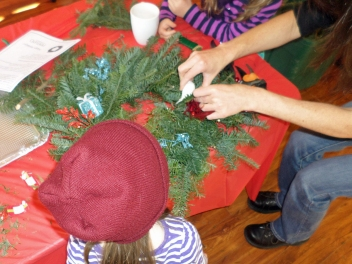 wreath-making-2013-05